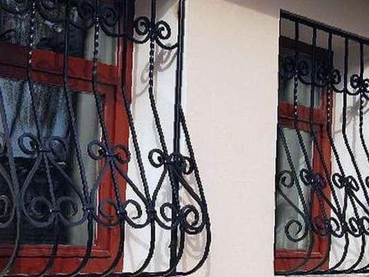 Кованые решётки на окна - окна и балконы в сочи.