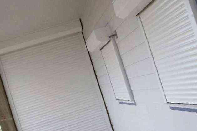 Защитные ролеты, цена 8000 руб. - окна и балконы в старом ос.