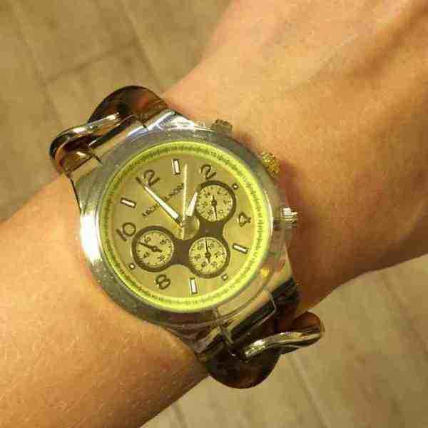 Часы ролекс 2000 рублей