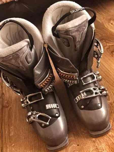 или, как купить горнолыжные ботинки в иркутске любом