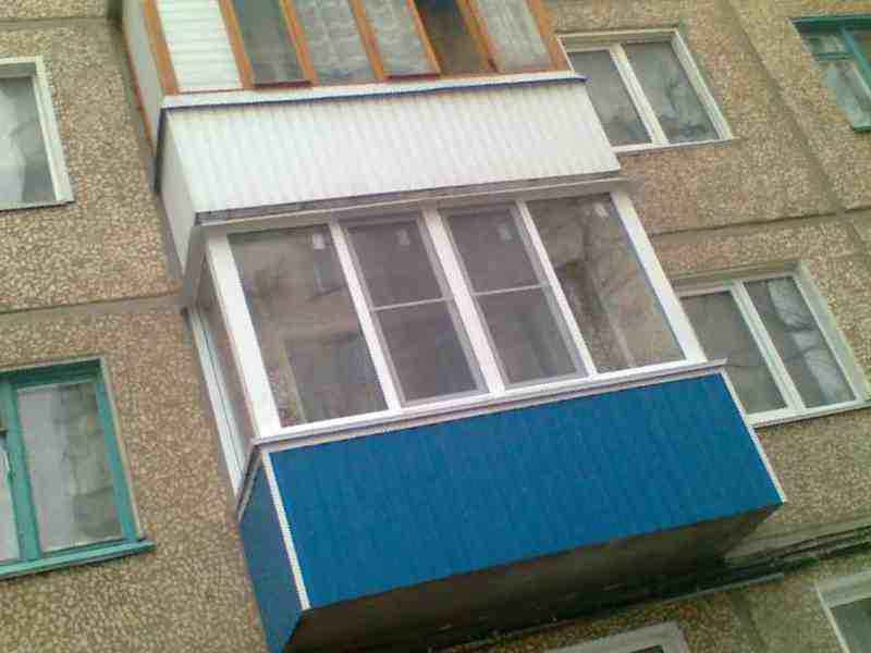 Самые лучшие балконы делаем только мы, цена 4000 руб. - окна.